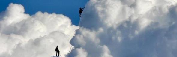 Il peso delle cose non è mai attendibile. Ti fa scalare le nuvole.